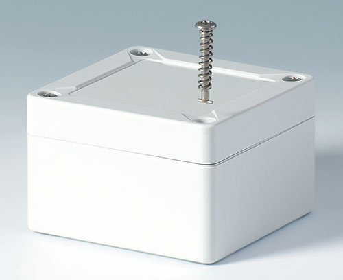 Efficient quarter-turn lid screws in stainless steel