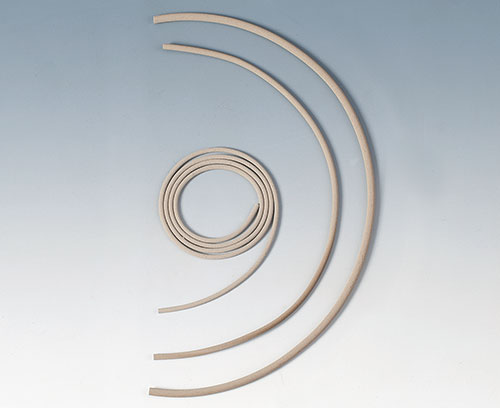 Conductive seals and contact strips